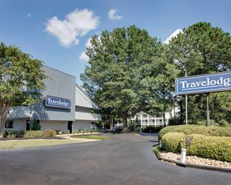 Travelodge by Wyndham College Park - College Park - Edificio