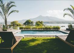 Isleta El Espino Ecolodge - Granada - Piscina