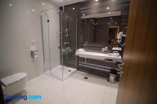 Hotel Mepas - Μόσταρ - Μπάνιο