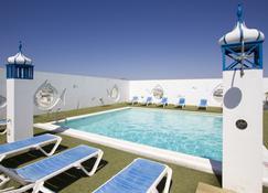 蘭斯洛特酒店 - 阿雷西費 - 阿雷西費 - 游泳池