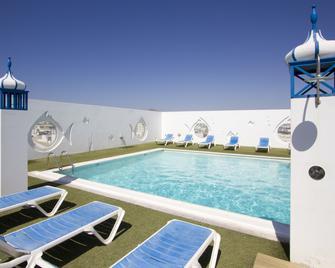 Hotel Lancelot - Arrecife - Piscină