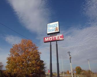 Huggy Bear Motel - Warren - Außenansicht