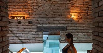 Azur Real Hotel Boutique - Cordoba