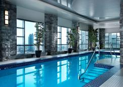 Hyatt Regency Calgary - Calgary - Pool