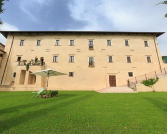 Casa Rosati - Fontecchio - Building
