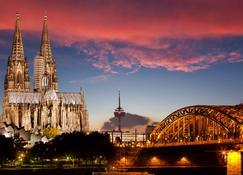 art'otel Cologne by Park Plaza - Keulen - Buiten zicht