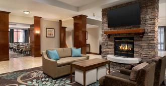 Staybridge Suites San Antonio Downtown Conv Ctr - San Antonio - Living room