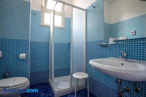 Hotel Ridolfi - Cervia - Phòng tắm