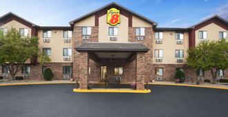 Super 8 by Wyndham Peoria - Peoria - Bâtiment