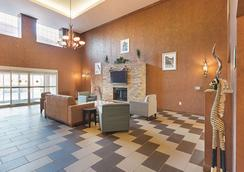 La Quinta Inn & Suites by Wyndham Glen Rose - Glen Rose - Lobby