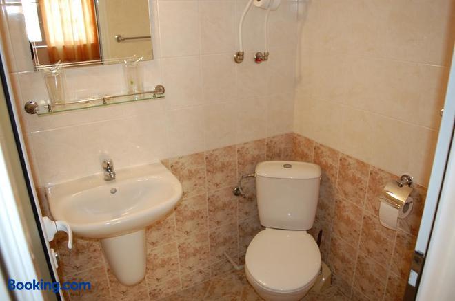 Hotel Vitosha - Tryavna - Bathroom