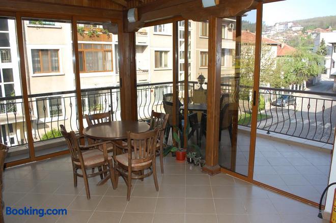 Hotel Vitosha - Tryavna - Balcony
