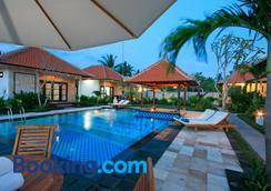 Pondok Jenggala - Nusa Penida - Pool