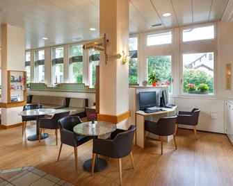 Hotel Welcome Inn - Kloten - Lobby
