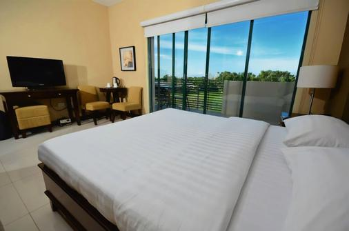 Hotel Formosa Daet - Daet - Bedroom