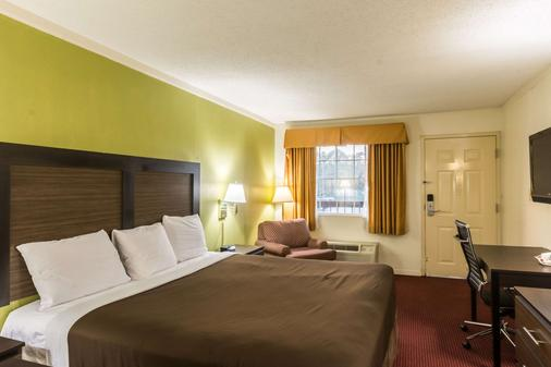 Suburban Extended Stay Hotel - Florence - Bedroom