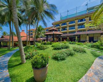 Seahorse Resort & Spa - Phan Thiet - Building