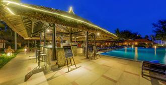 Seahorse Resort & Spa - Phan Thiet - Pool