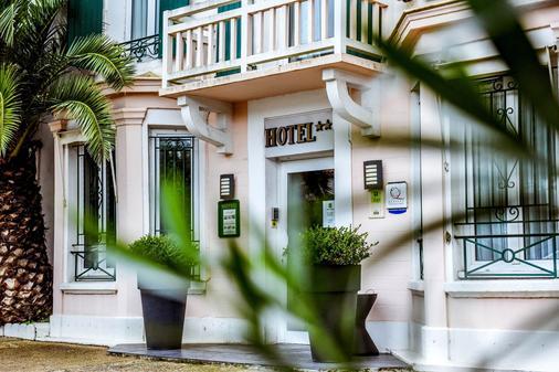 Hôtel Val Flores - Biarritz - Building
