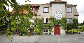 Pension Elmehøj - Stege - Gebäude