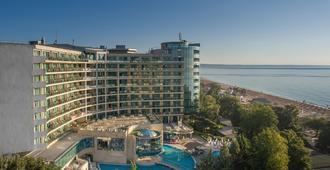 Marina Grand Beach Hotel - 金沙 - 建築
