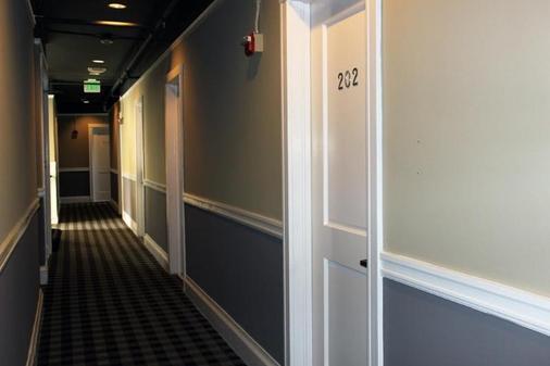 Cable Car Court Hotel - San Francisco - Hallway