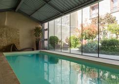 Hôtel Aux Vieux Remparts, The Originals Relais (Relais Du Silence) - Provins - Pool