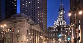 ذا ريتز-كارلتون، فيلادلفيا - فيلادلفيا - المظهر الخارجي