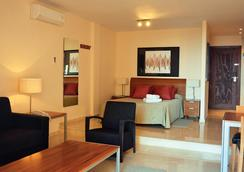 Select Marina Park - Fuengirola - Bedroom
