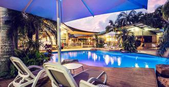 Mercure Darwin Airport Resort - Darwin - Piscina