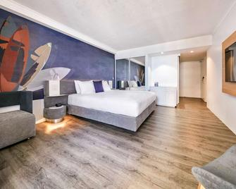 Novotel Surfers Paradise - Surfers Paradise - Bedroom