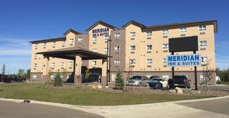 Meridian Inn & Suites - Ллойдминстер