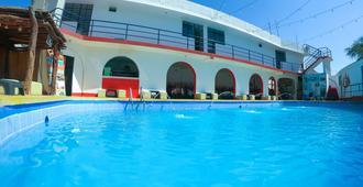 Hostel Mr. Llama Lodge - Ica - Bể bơi