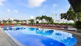 Eastin Hotel Makkasan Bangkok - Bangkok - Pool