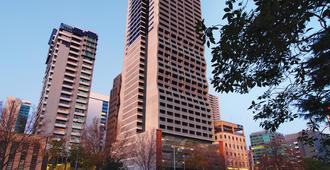 Oaks Melbourne on William Suites - Melbourne - Building
