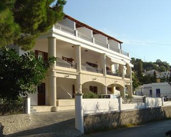 Oasis Hotel - Masouri - Gebäude