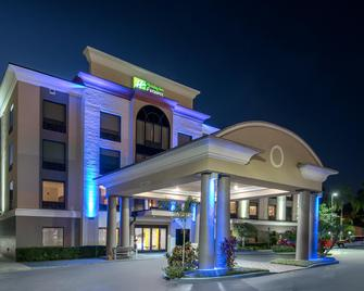 Holiday Inn Express Bartow, An IHG Hotel - Bartow - Gebäude