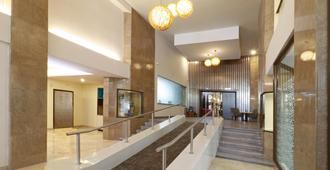 Holiday Inn Hotel & Suites Guadalajara-Centro Historico - גוואדאלחארה - לובי