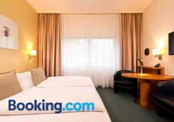 Hotel am Borsigturm - Berlin - Bedroom