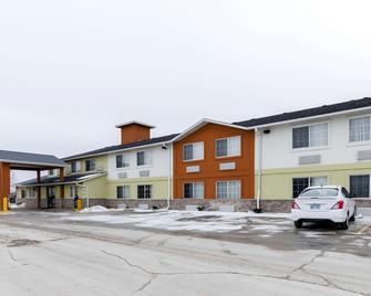 Quality Inn Osceola - Osceola - Building