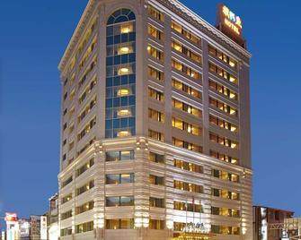 Fish Hotel Taitung - Taitung - Gebäude