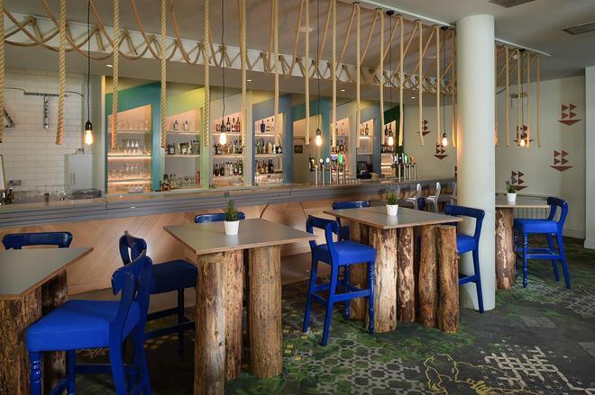 Armada Hotel - Miltown Malbay - Bar