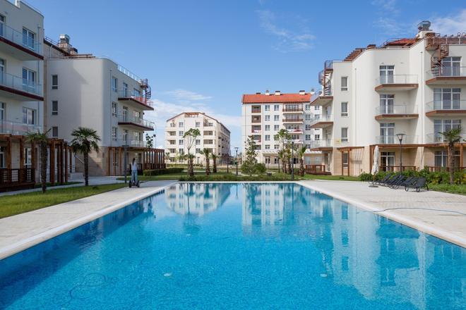 伊莫耶汀斯基公寓飯店 - 綠畝綜合住宅 - 索契 - 游泳池