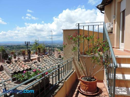 Hotel Signa - Perugia - Balcony