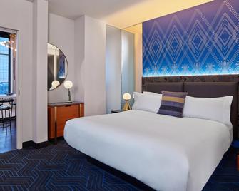 W Minneapolis - The Foshay - Minneapolis - Bedroom
