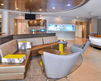 SpringHill Suites by Marriott Fairfax Fair Oaks - Fairfax - Lounge