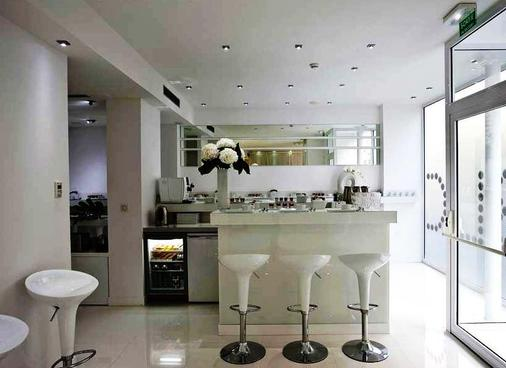 BLC Design Hotel - Παρίσι - Bar
