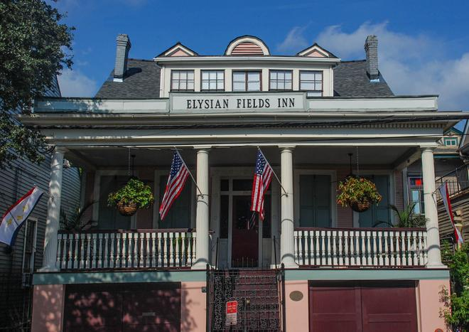 Elysian Fields Inn - New Orleans - Building