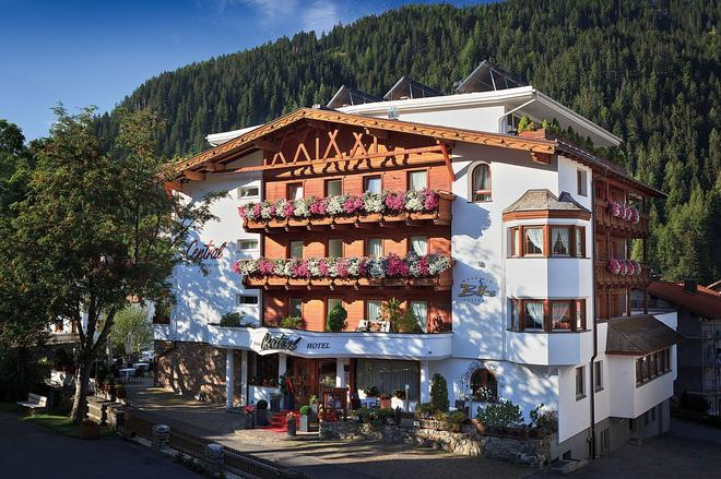 Alpen Comfort Hotel Central - Nauders - Building