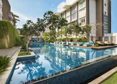 ibis Styles Goa Calangute - Calangute - Pool